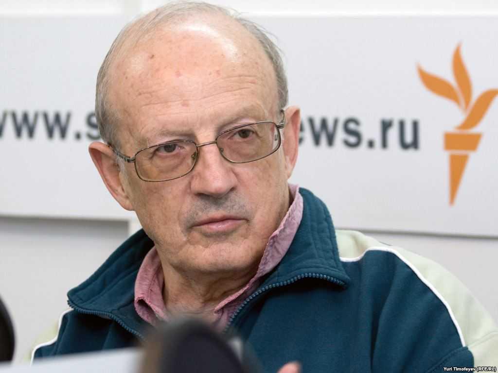 Через месяц начнется наступление Зеленского на украинских патриотов, — Пионтковский