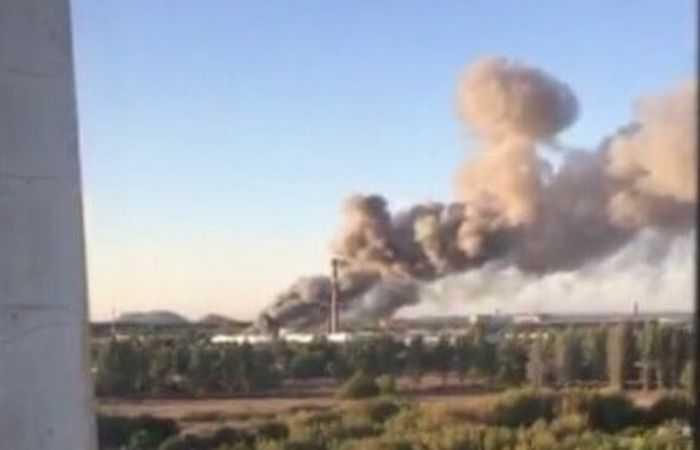 У окупантів в Денецьку вибухає військовий склад (відео)