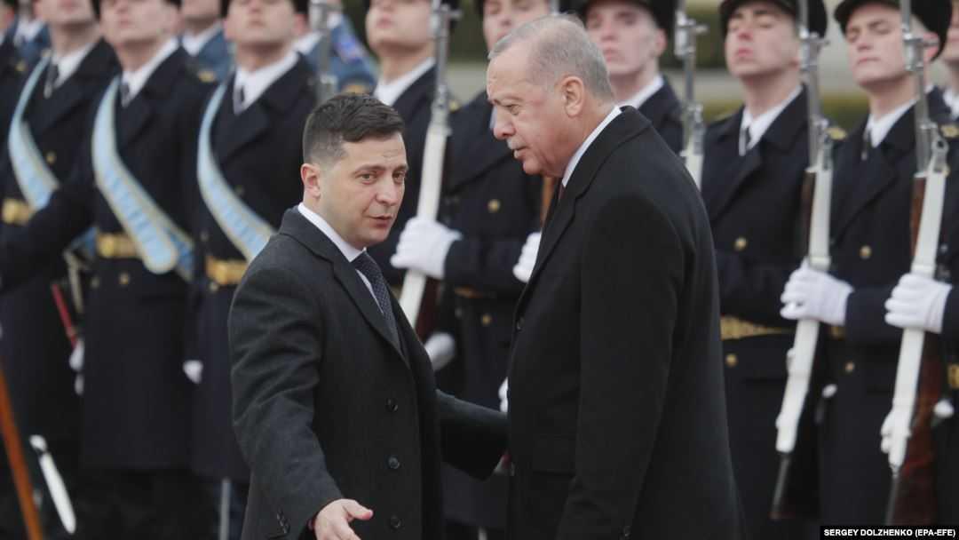 Перенимает российский опыт: Зеленский торгует людьми и собирается бороться с «неправильными» мусульманами