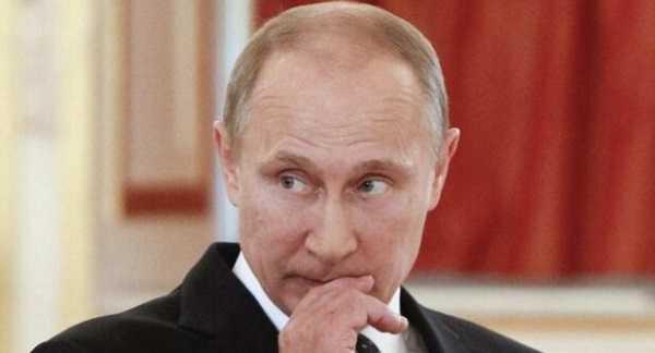 Путіна обурила заява Зеленського про те, що Освенцим звільняли українці