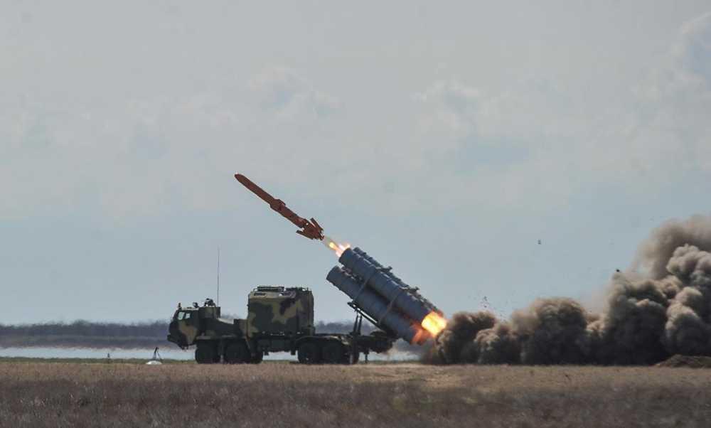Випробування крилатих ракет завершено — але Зеленський не хоче давати грошей на серійне виробництво