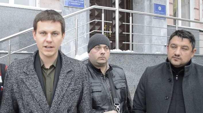 Як депутати від «Свободи» Петро Кузик та Володимир Назаренко заробляють на скверах