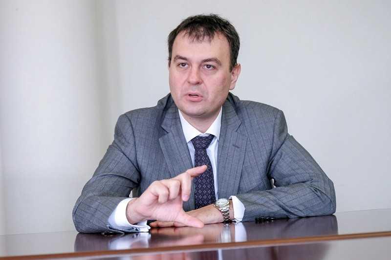 «Наличка» вне закона: Гетманцев рассказал, почему украинцам нужно отнести все деньги в банк и заплатить 5% за это государству